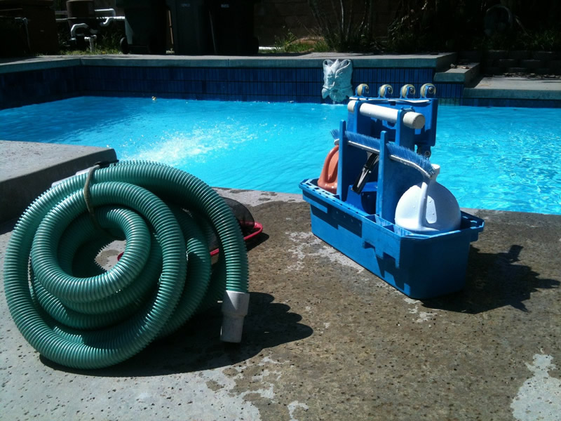 pool-cleaning-330399 1280